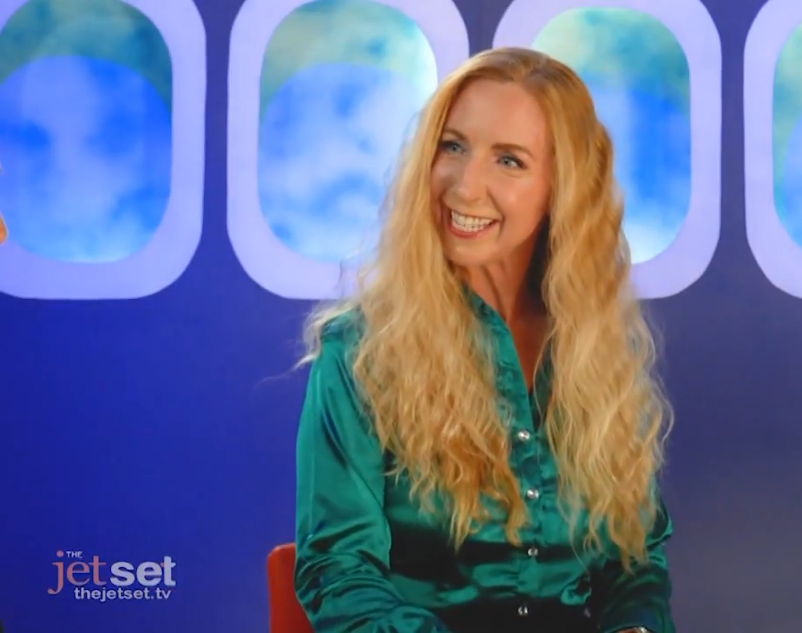 Read more about the article Captain Laura Helps Kick Off Season 3 of the Jet Set TV Show!